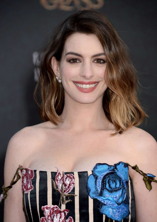 Anne Hathaway - 'Alice Through The Looking Glass' Premiere in Hollywood
