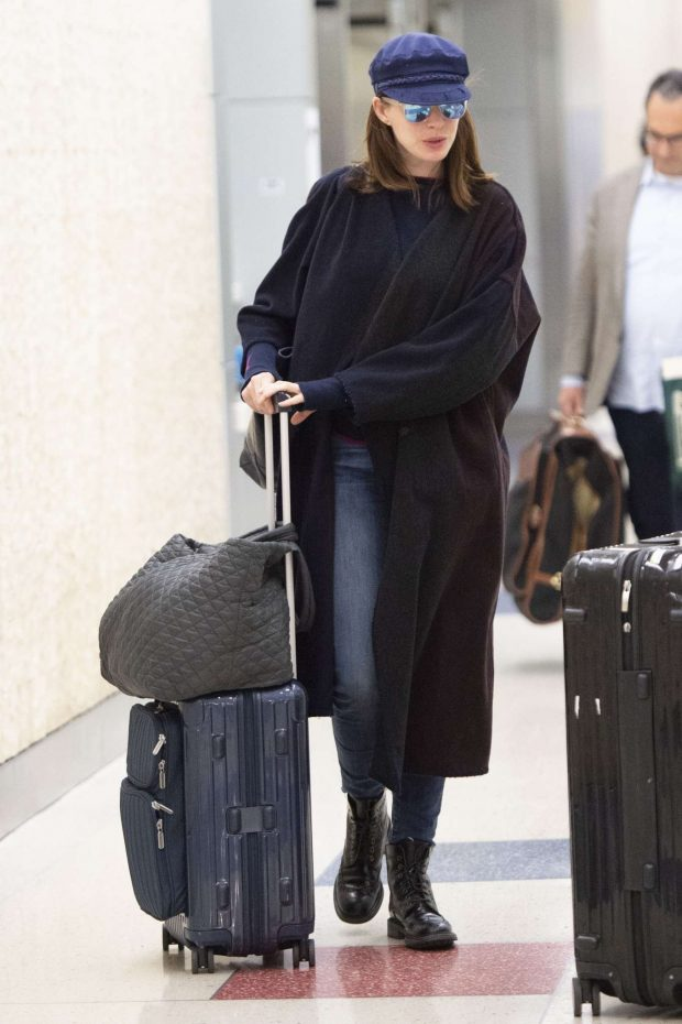 Anne Hathaway: Arrives at JFK Airport-15