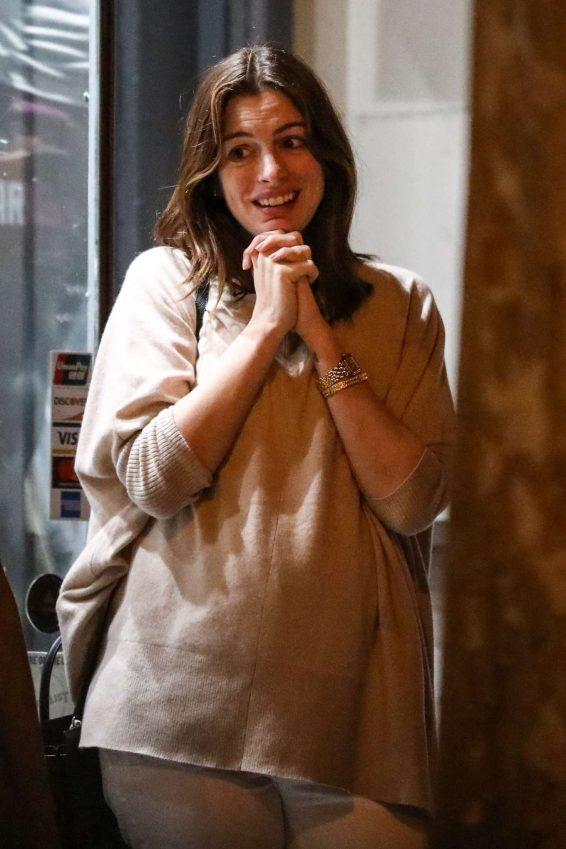 Anne Hathaway 2019 : Anne Hathaway at Jinpachi Sushi Restaurant-03