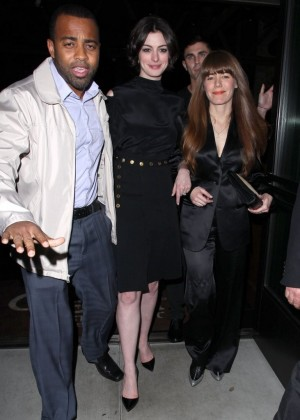 Anne Hathaway at Palm Restaurant in LA