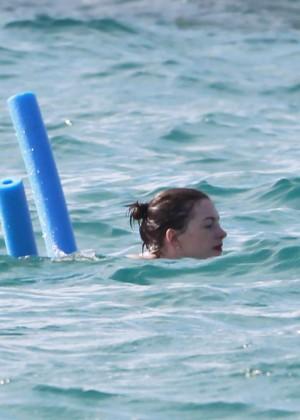 Anne Hathaway in Bikini -24