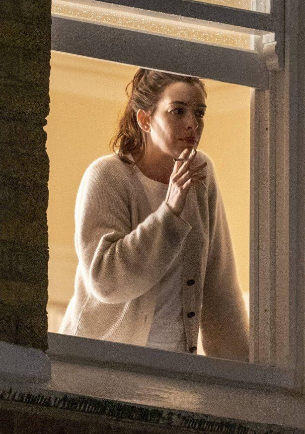Anne Hathaway - Filming 'Lockdown' movie based on the pandemic in London
