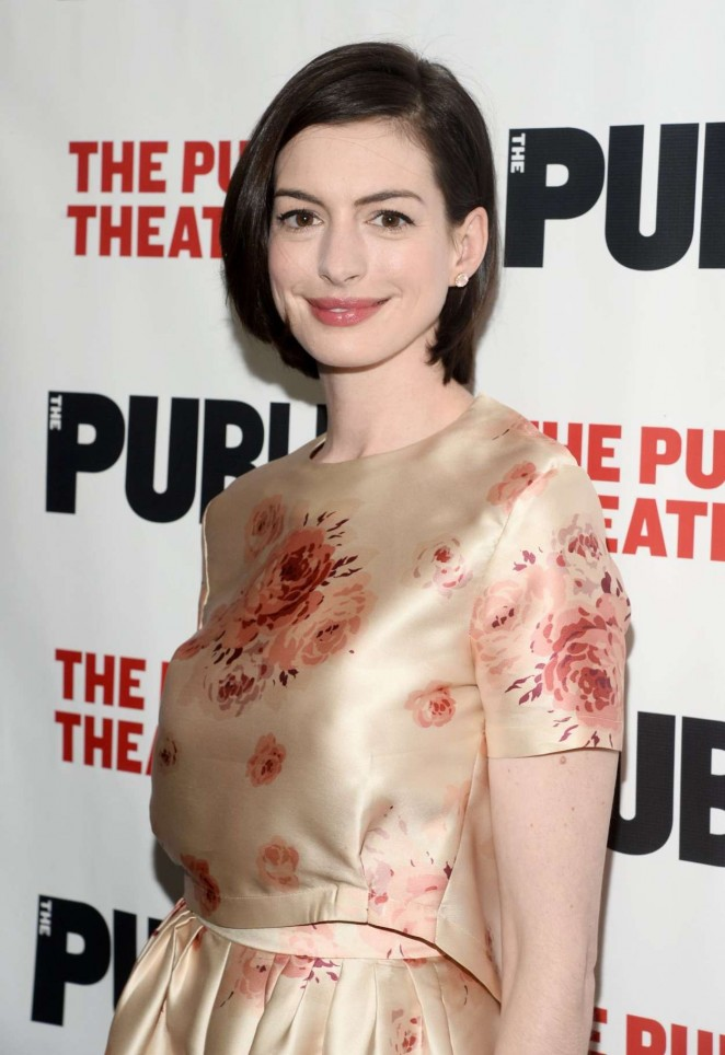 """Anne Hathaway – """"Grounded"""" Opening Night Party in New York"""