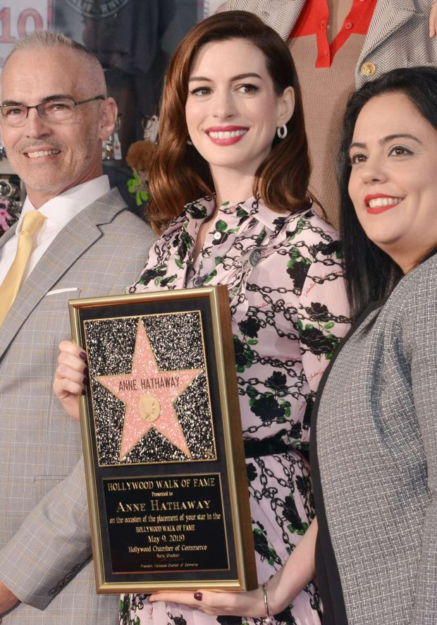 Anne Hathaway: Honored with a Star on the Hollywood Walk of Fame -08