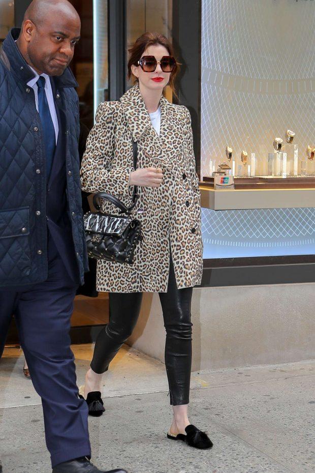 Anne Hathaway in Animal Print Coat -02
