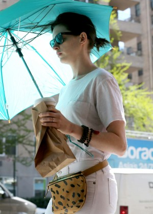 Anne Hathaway in White Jeans Out in NYC