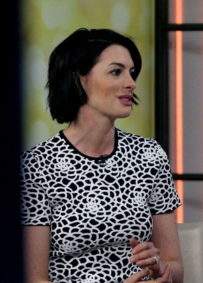 Anne Hathaway at Today Show -03