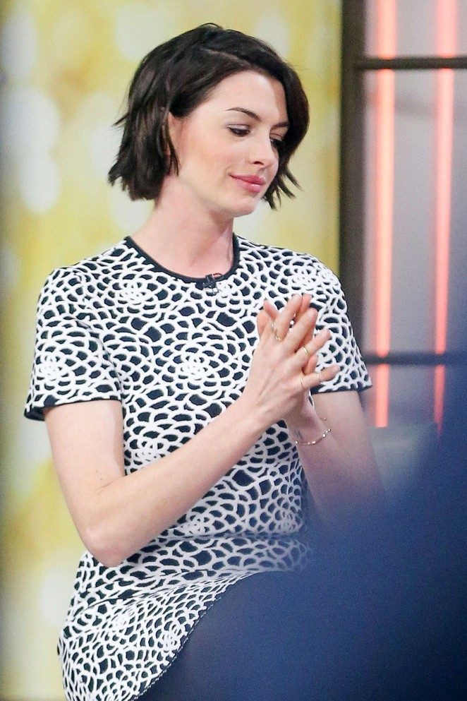 Anne Hathaway at Today Show -07