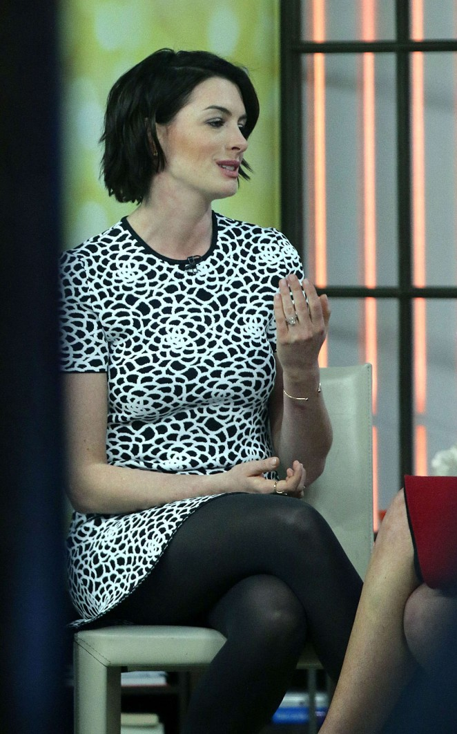 Anne Hathaway at Today Show -15