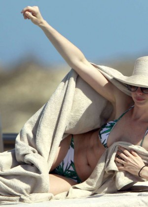 Anne Hathaway in Bikini on vacation in Ibiza
