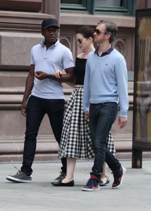 Anne Hathaway in Skirt -06