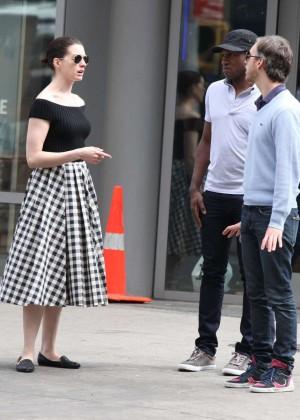 Anne Hathaway in Skirt -19