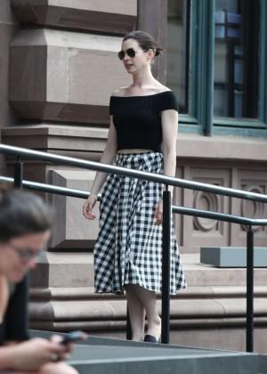 Anne Hathaway in Skirt -24