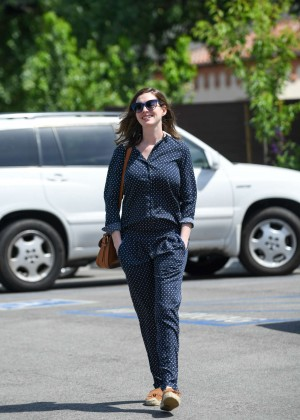 Anne Hathaway out in Los Angeles