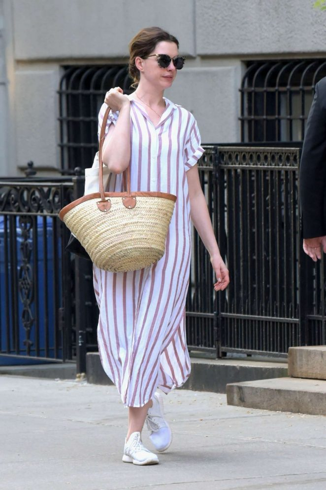 Anne Hathaway - Out in New York City