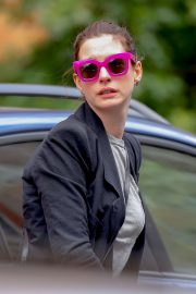 Anne Hathaway - Out in NYC