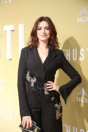 Anne Hathaway - 'The Hustle' Premiere in Los Angeles