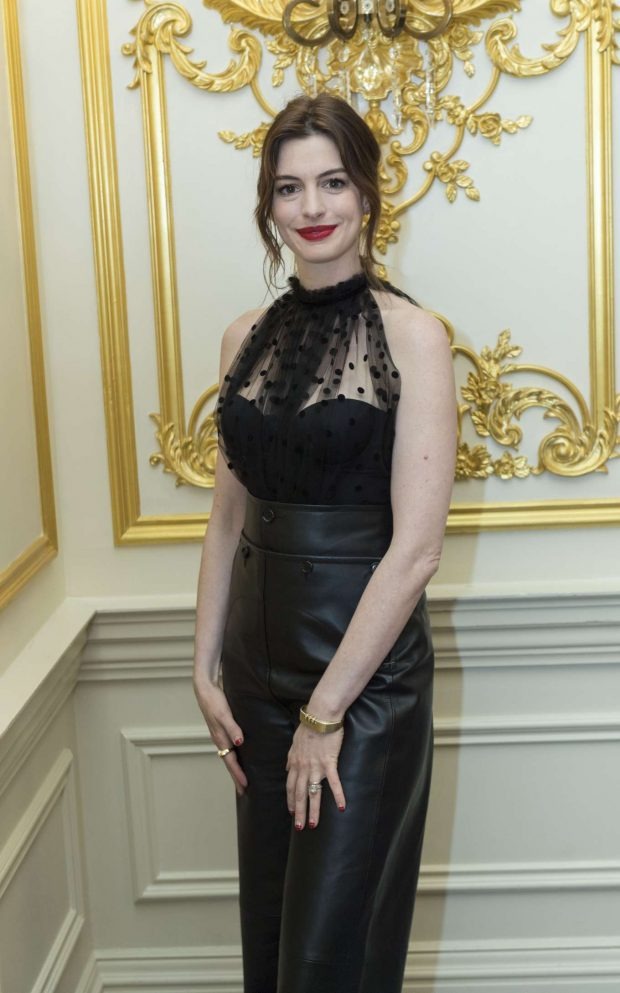 Anne Hathaway - 'The Hustle' Press Conference in New York