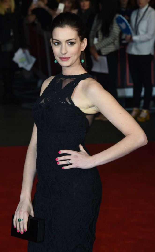 Anne Hathaway - 'The Intern' Premiere in London