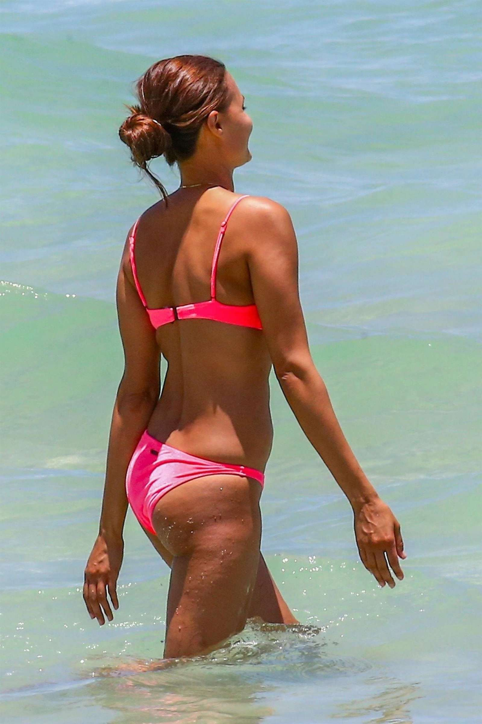 Watch Anne marie kortright in a pink bikini at miami beach video
