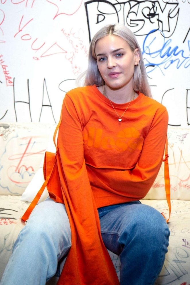 Anne-Marie - Visits Music Choice in New York City
