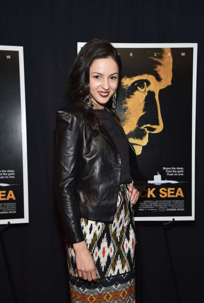 "Annet Mahendru - ""Black Sea"" Screening in New York"