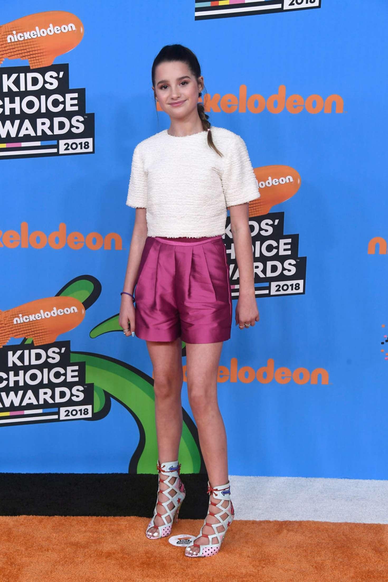 Annie LeBlanc - 2018 Nickelodeon Kids' Choice Awards in Los Angeles