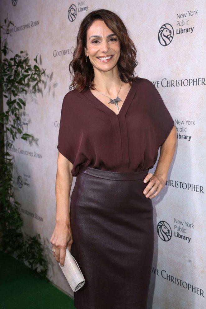 Annie Parisse - 'Goodbye Christopher Robin' Premiere in New York