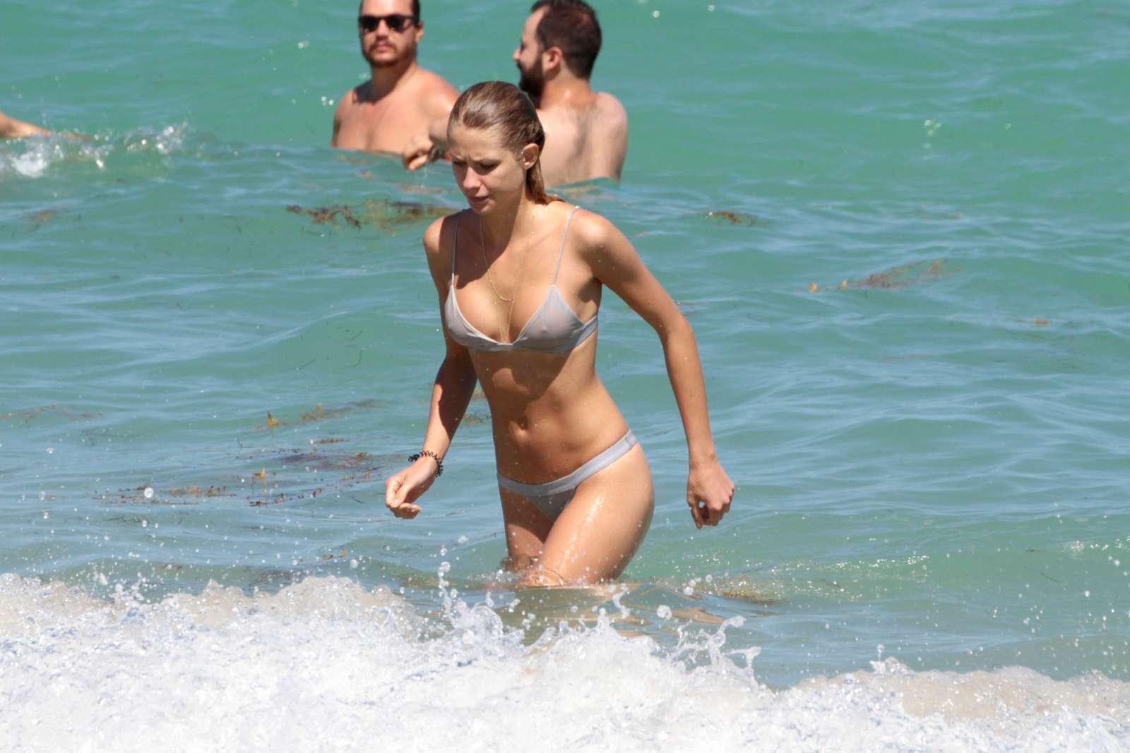 TheFappening Anouk Van Kleef nudes (14 photos), Ass, Leaked, Feet, swimsuit 2015