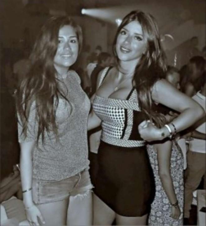 Antonella Roccuzzo 2016 : Antonella Roccuzzo and Daniella Semaan: Wearing bikinis-03