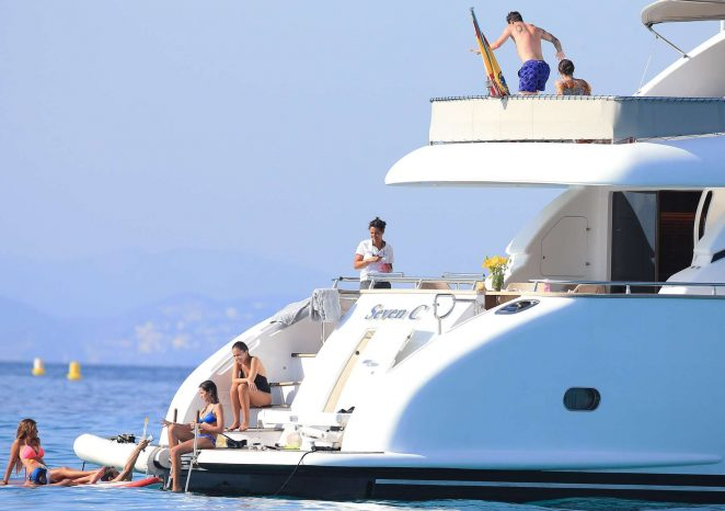 Antonella Roccuzzo pics: bikini 2016 in Ibiza-16
