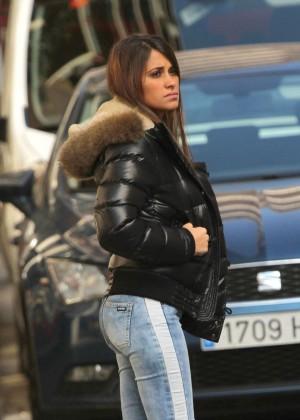 Antonella Roccuzzo hot in tight jeans-03