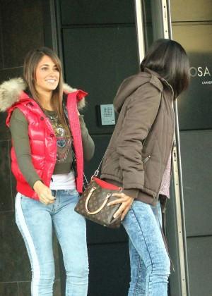 Antonella Roccuzzo hot in tight jeans-04