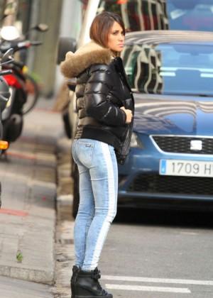 Antonella Roccuzzo hot in tight jeans-05
