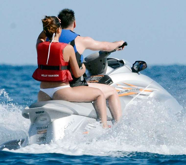 Antonella Roccuzzo 2016 : Antonella Roccuzzo:  Wearing Bikini – Capri vacation (2014)-05