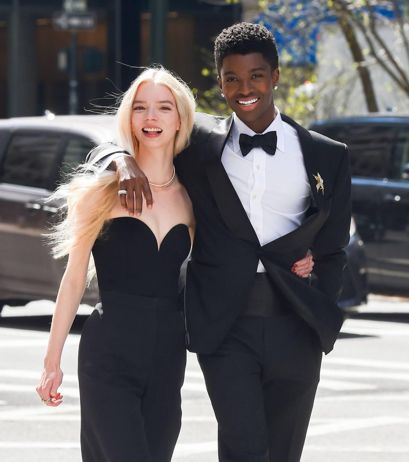 Anya Taylor-Joy 2021 : Anya Taylor-Joy – Shooting advert for Tiffany and Co in New York-10