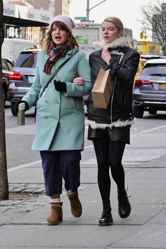 Anya Taylor-Joy 2019 : Anya Taylor-Joy: Shopping in New York City -07