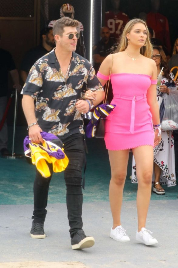 April Love Geary and Robin Thicke - Attend a pre-Super Bowl Party in Miami