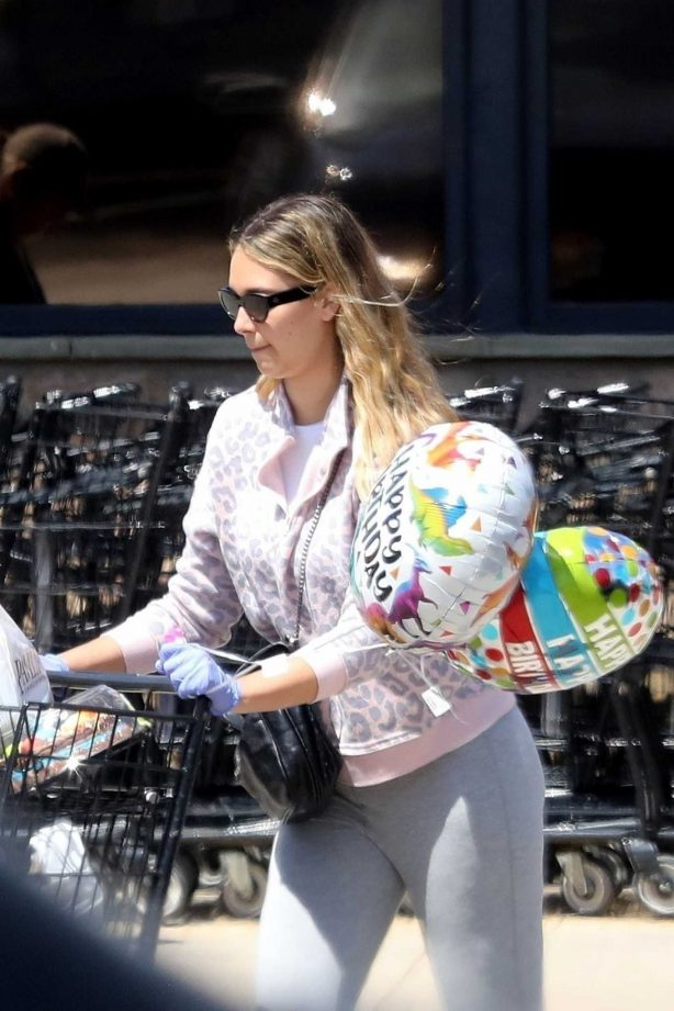 April Love - Shopping Balloons and Food in Malibu