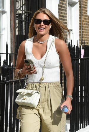 Arabella Chi - Seen after Hair Salon in Chelsea