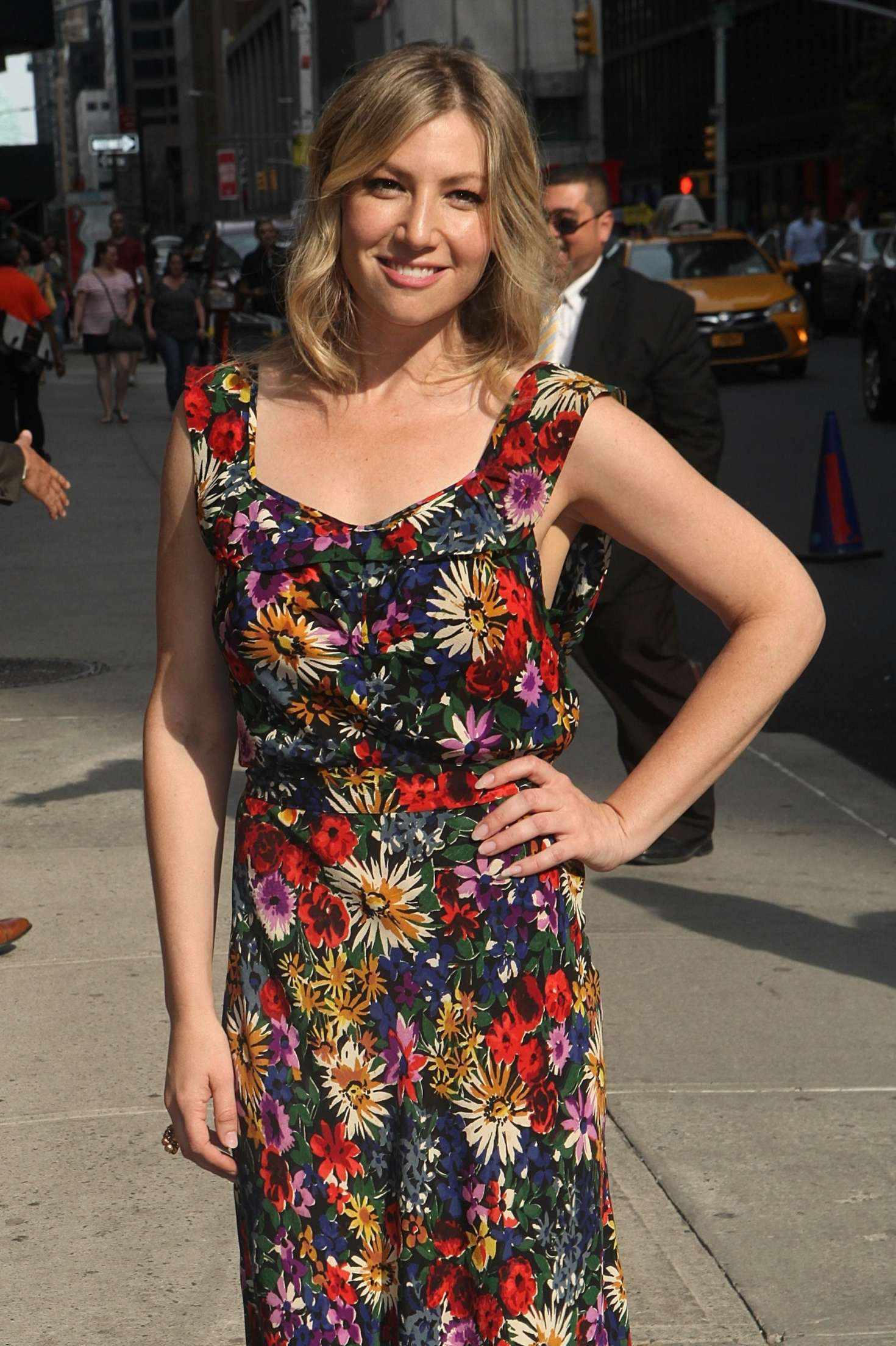 Ari Graynor - Arrives to 'The Late Show with Stephen Colbert' in NY