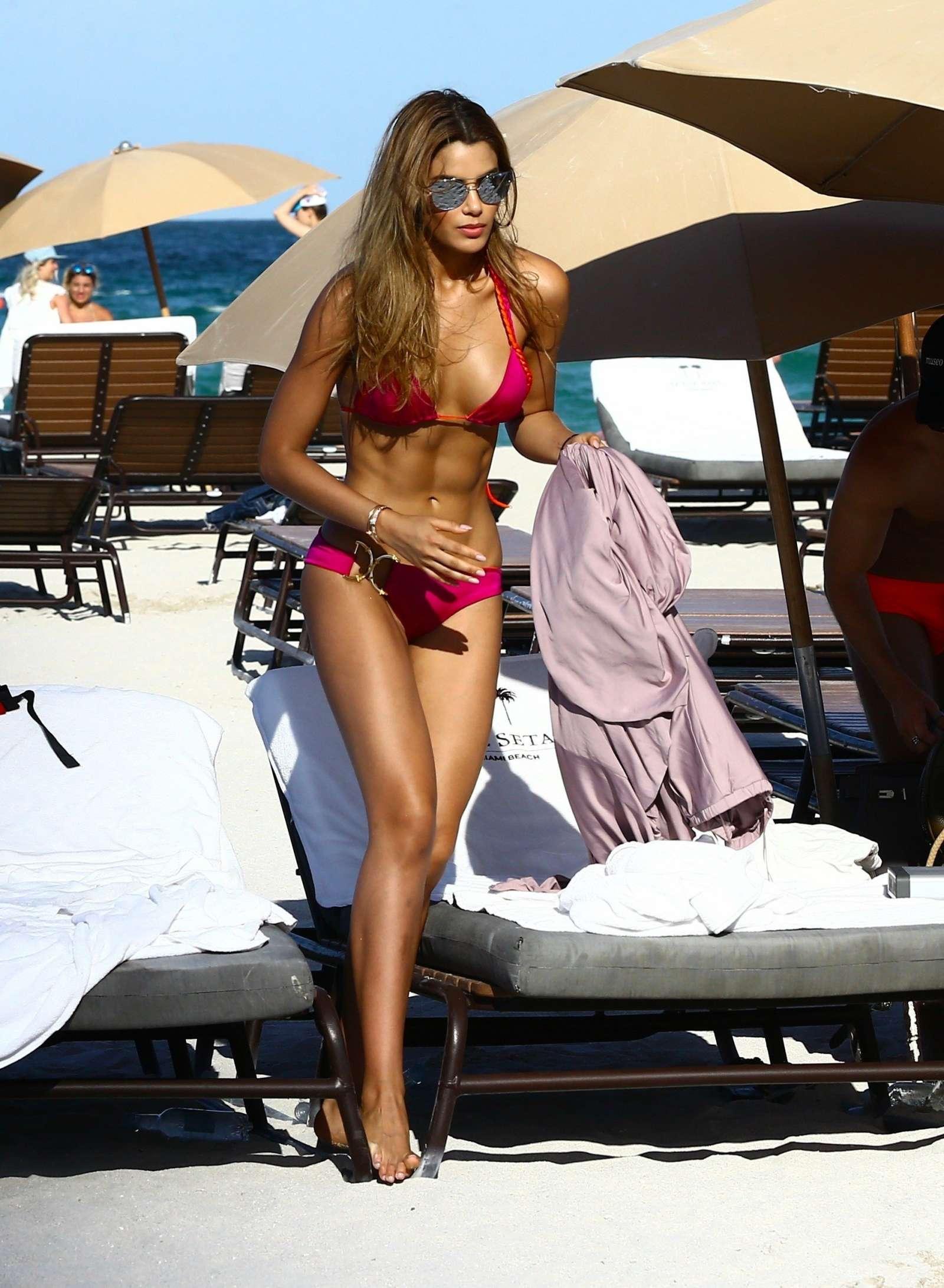 Bikini Ariadna Gutierrez nude (52 photo), Pussy, Hot, Twitter, underwear 2006