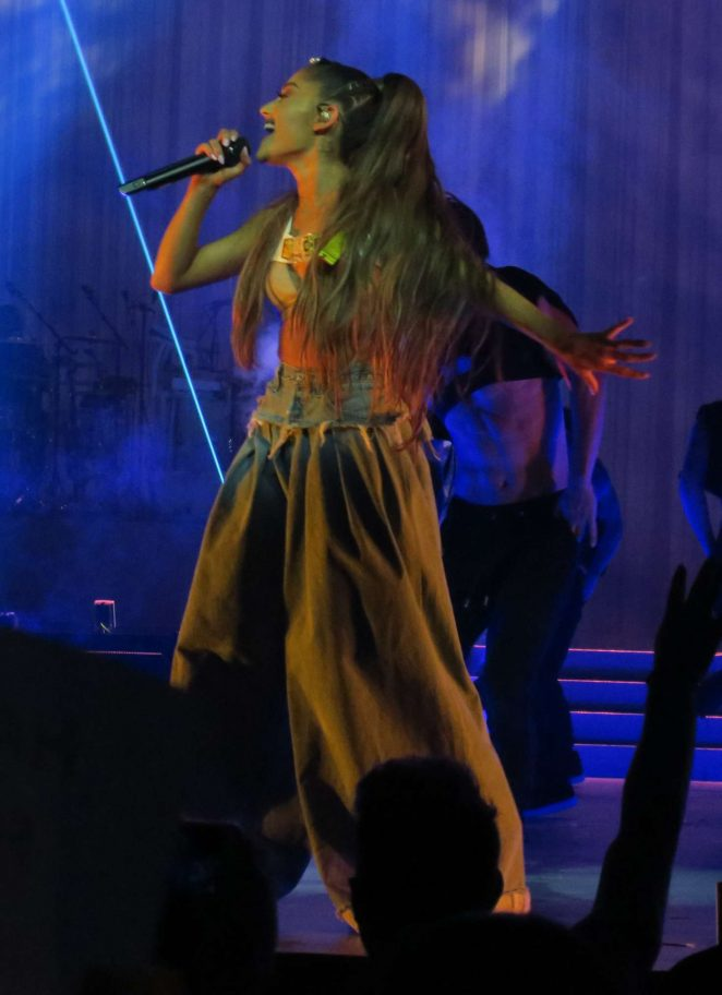 Ariana Grande Brings Her Dangerous Woman Tour 01 Gotceleb