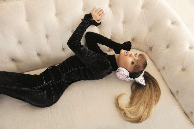 Ariana Grande by Alfredo Flores Shooting 2016