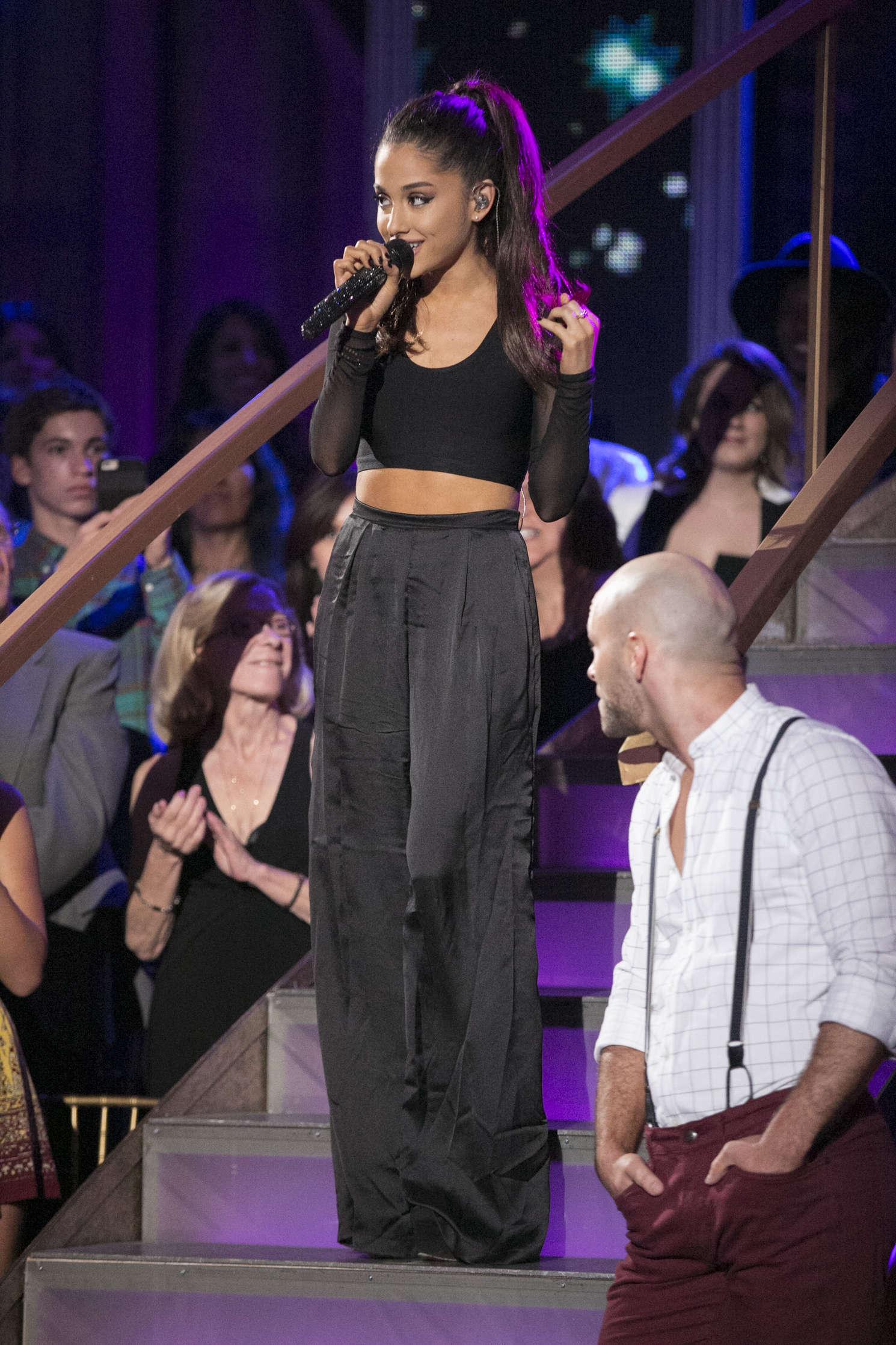 ariana grande � dancing with the stars season finale in la