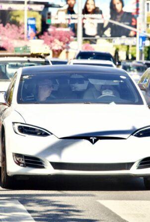 Ariana Grande - Driving Tesla in Los Angeles