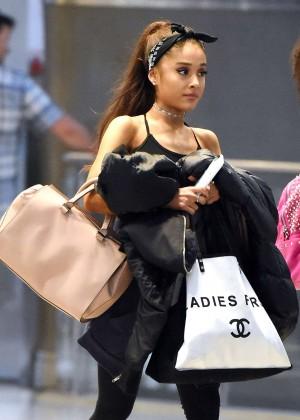 Ariana Grande - JFK Airport in NYC
