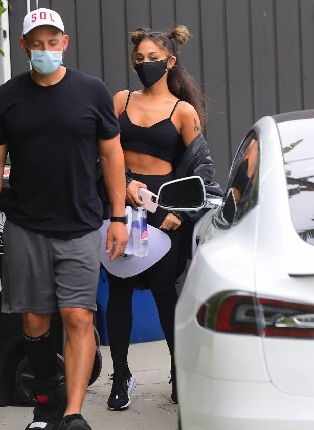 Ariana Grande - Looks sporty while out in LA