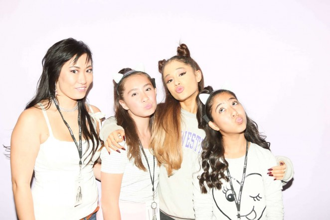 how to meet ariana grande in nyc
