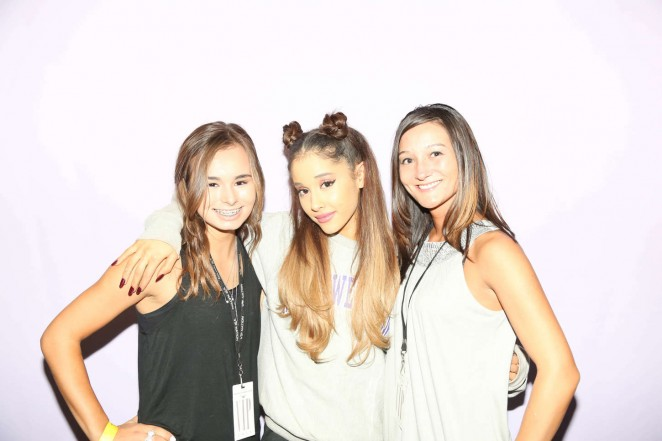 Ariana grande meet and greet in boise 12 gotceleb ariana grande meet and greet in boise 12 m4hsunfo